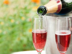 champagne-cocktails-kir-royale-456_240x180
